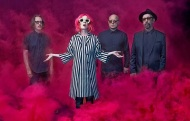 Garbage album Strange Little Birds 2016